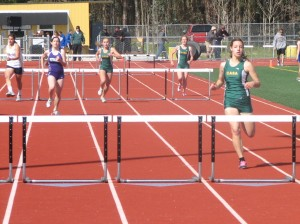 Courtney Accurso wins 300 hurdles