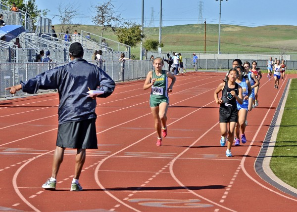 Saskia ran very well in both the 1600 & 3200. Being edged by Liberty's Kai Bohannon in both races. She ran a 'Prep Best' in the 1600m. Here she is finishing 3rd in the Girls 1600m.